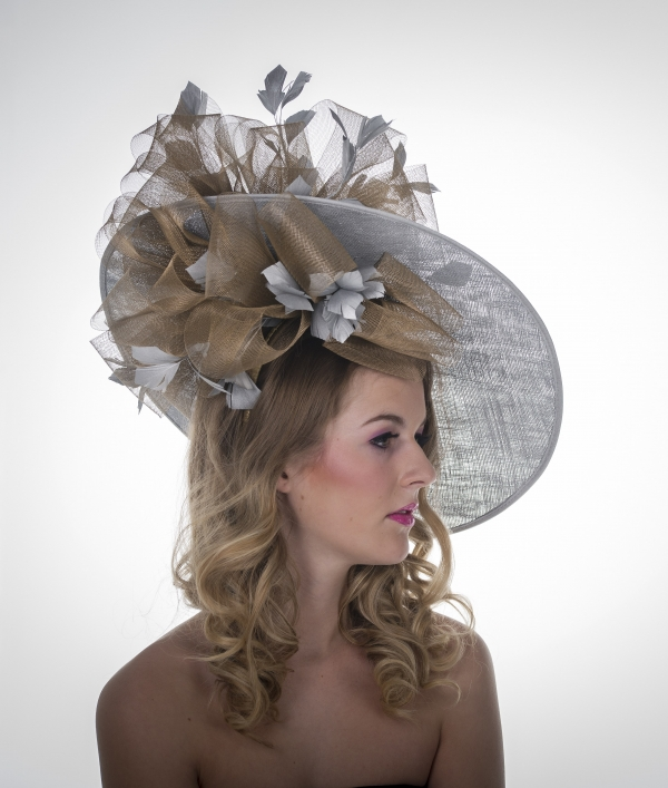 "Mandarin 18"" Dish Hat by Hostie Hats"