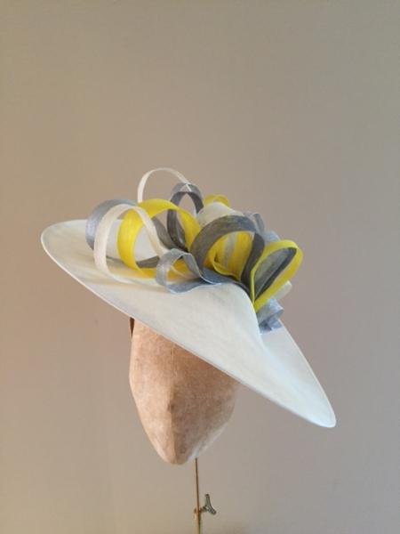 """Surrey Loop 18"""" Dish Hat by Hostie Hats"""