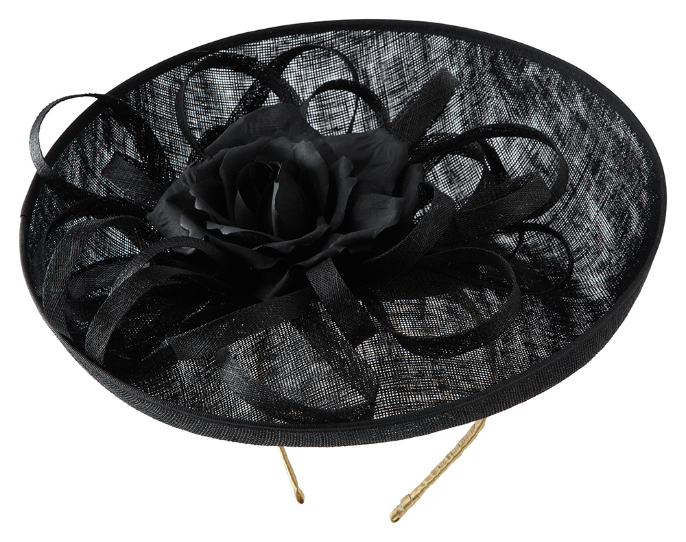 Fontaine dish Hat by Hostie Hats