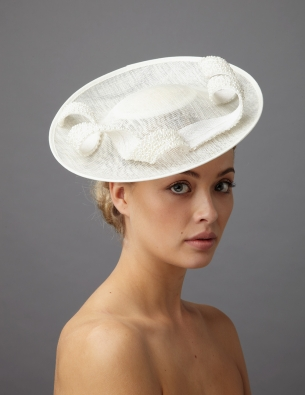 garland dish hat by hostie hats