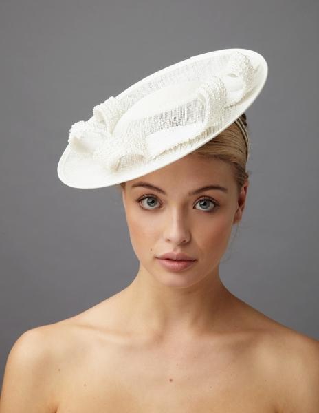 garland dish hat-2-by-hostie-hats