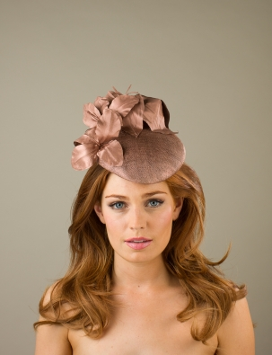Cawdor Pillbox hat by Hostie hats