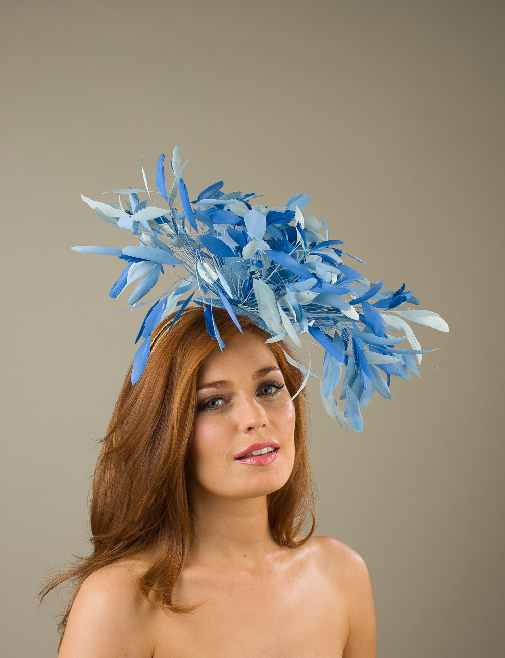 Ludlow fascinator by Hostie hats