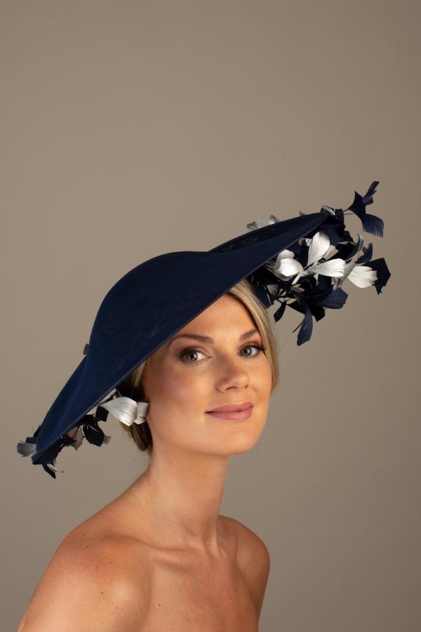 Etienne Dish Hat Hostie hats