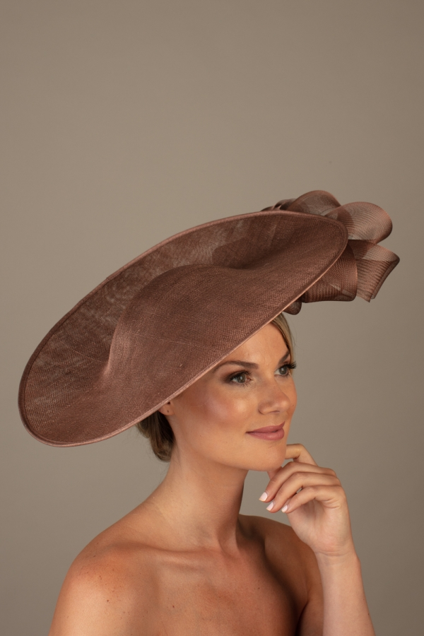 Vichy dish hat hostie hats