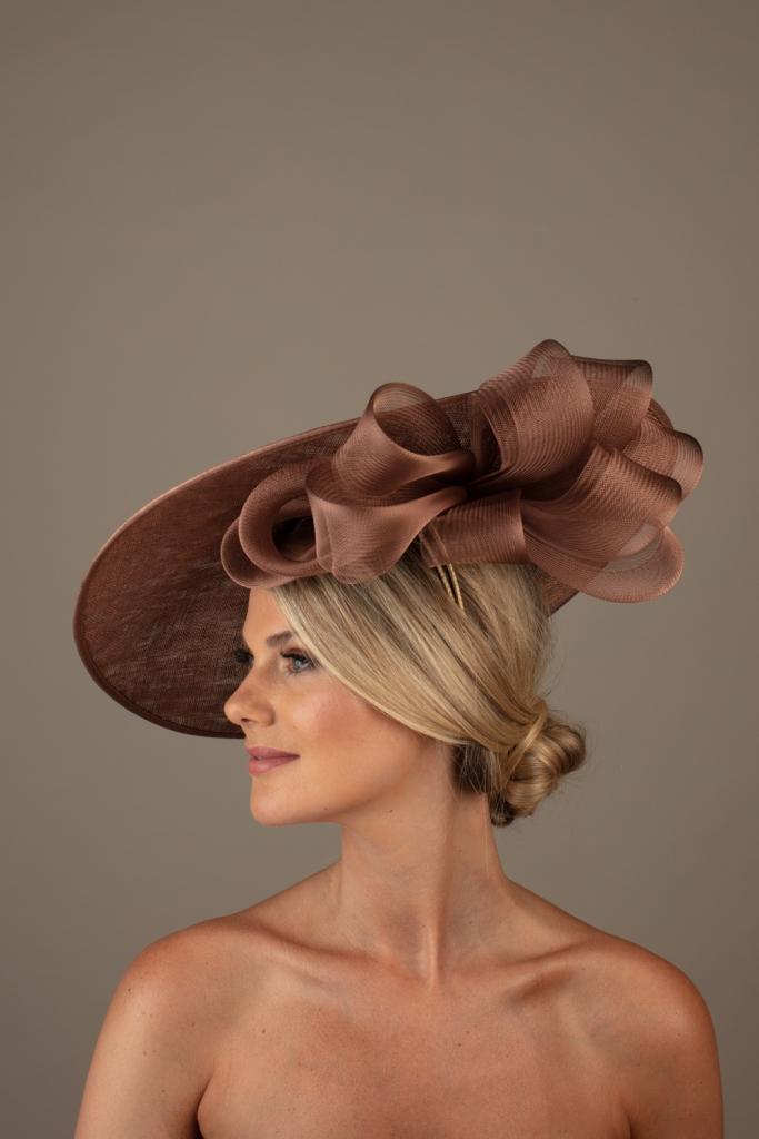 Vichy dish hat hostie hats